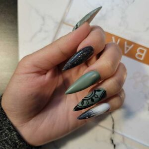 Whitby Nails